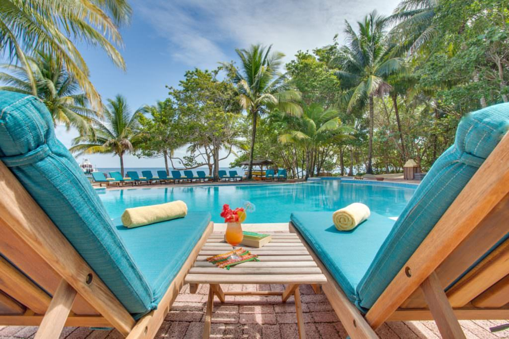 Hamanasi Resort works with TNC to support the seaweed farms