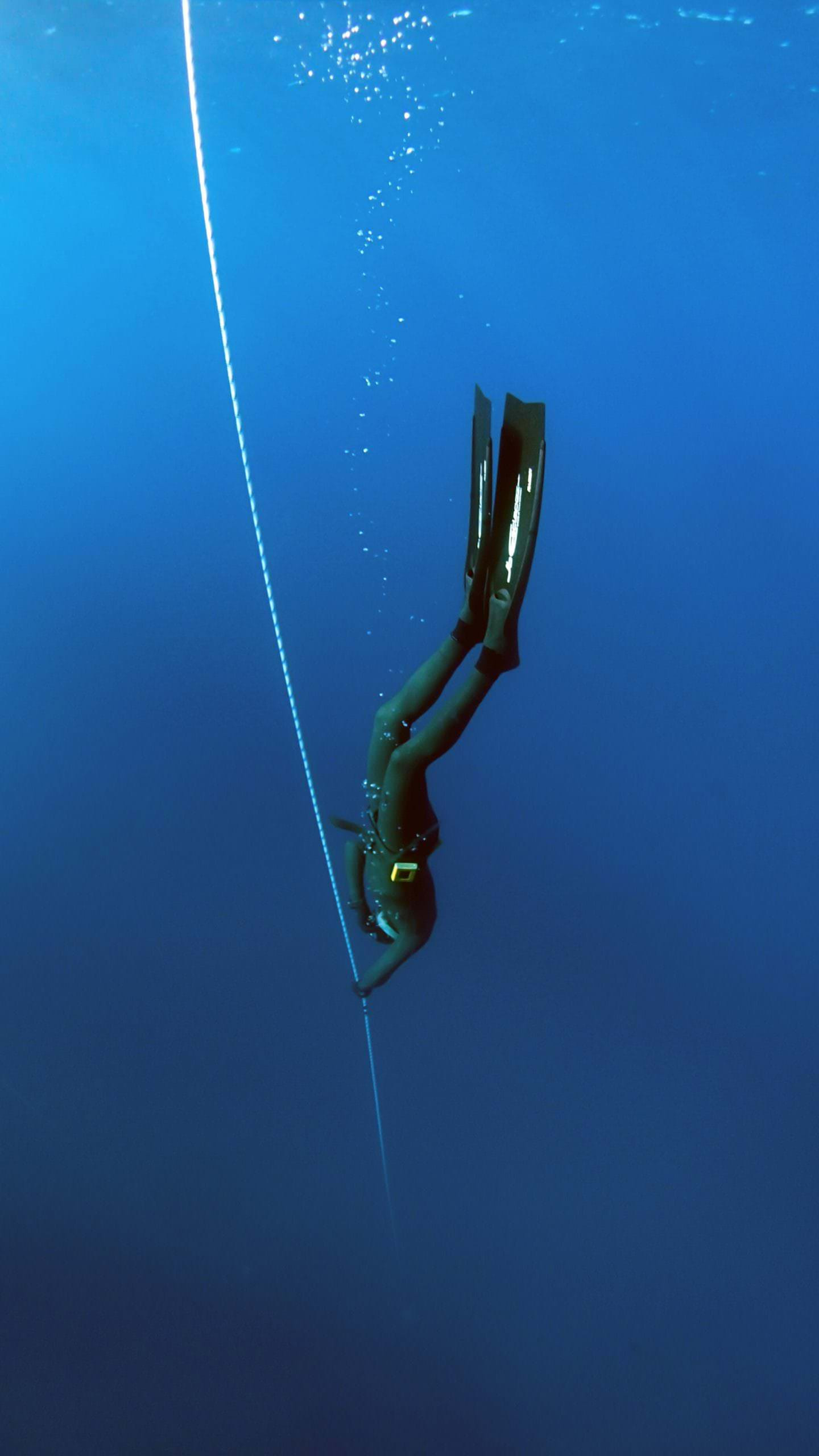 Freediving involves the use of a rope